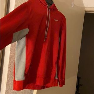 Men Thermo fit Nike hoodie very good condition